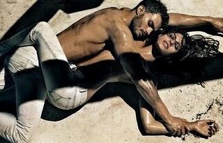 Eva Mendes pour Calvin Klein