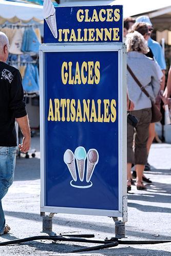 4053912074 b3a014d48d Publicité : la Mini à la Fiac, la perception de la publicité, le Grand Prix dAffichage