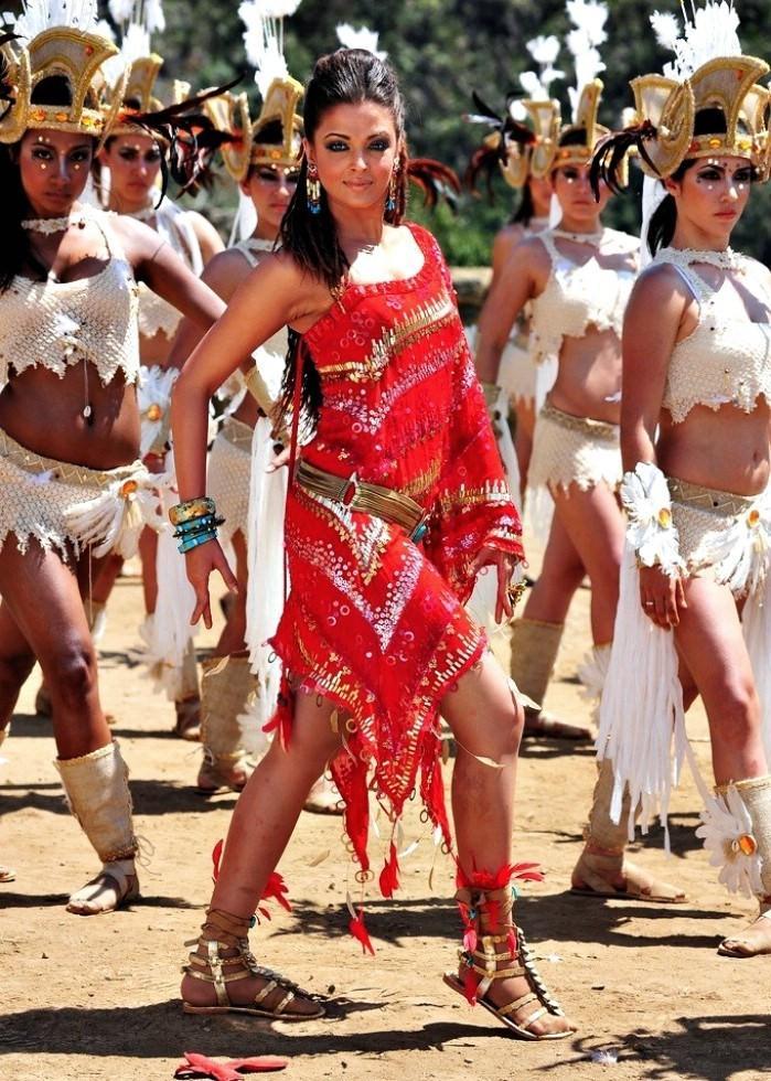 Desi indian girl diwali show - 1 4