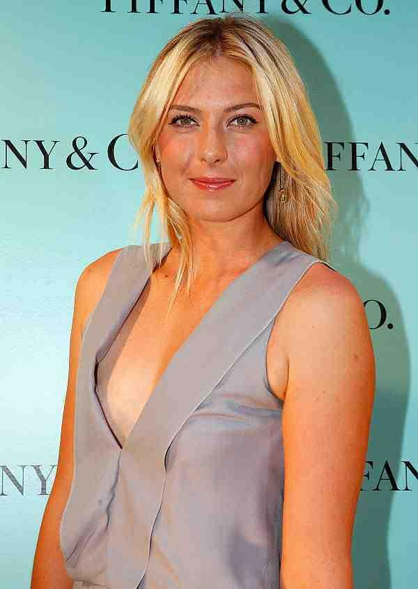 maria-sharapova-nipple-peek-011510