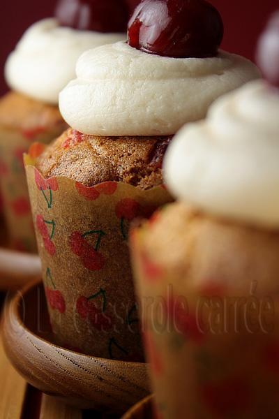 Cupcakes aux cerises et amandes