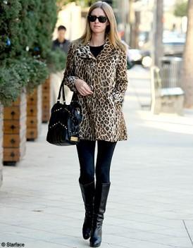 manteau fausse fourrure leopard axara paperblog. Black Bedroom Furniture Sets. Home Design Ideas