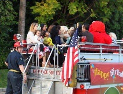 Un camion de pompier pour la fête de Max !!!