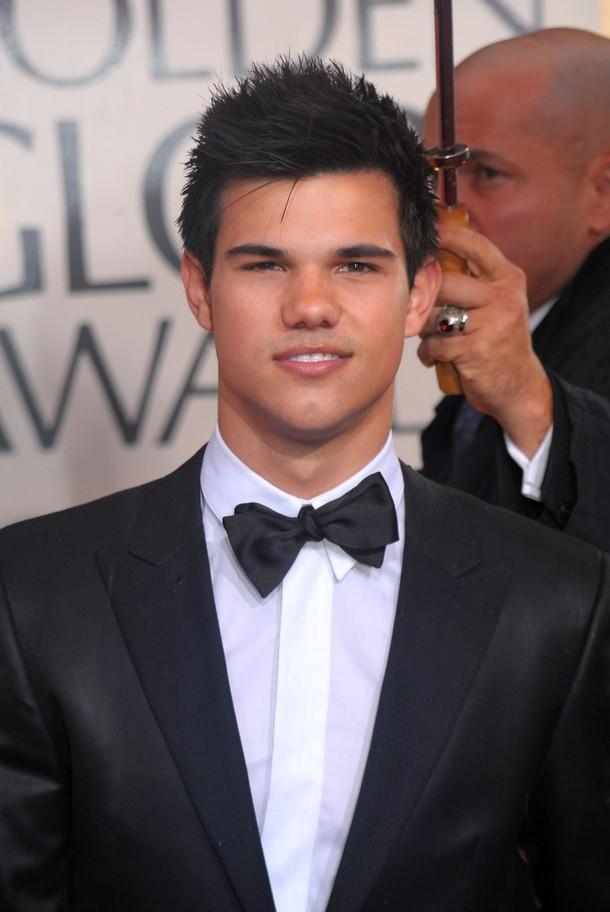 Taylor Lautner aux Golden Globes