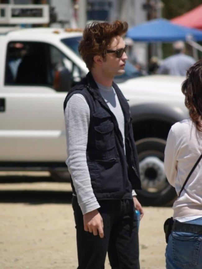 Twilight Fascination : De nouvelles photos sur le tout premier tournage - Pour se protéger du soleil il n'y a pas mieux que les Ray Bans.