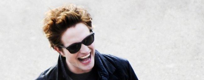 Twilight Fascination : De nouvelles photos sur le tout premier tournage - Pour Robert Pattinson , la vie est belle