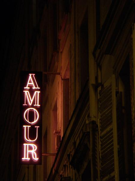 hotel_amour_01