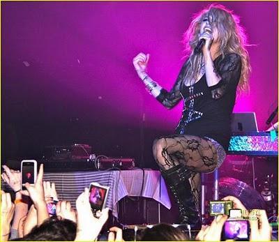 Ke$ha rock au Canada !