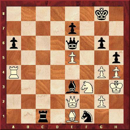 Position après le 35ème coup blanc. La menace de mat en g4 a permis aux Noirs de maintenir l'équilibre. Avec quelques secondes à jouer, le champion du monde panique et joue De6-d7. Après De2xa6, il joue Tc1-a1 (jouable à la place de Dd7). Ce faisant, il a oublié qu'après Da6xg6+ la Dame blanche défend g4 et attaque le Roi Noir, ce qui permet de gagner au minimum la Tour. Kasparov n'a plus qu'à abandonner de dépit.