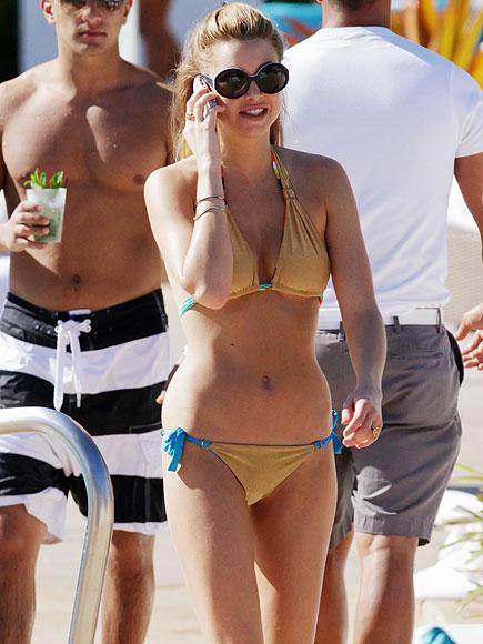 Whitney Port en Bikini !
