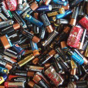 Idée durable n°15 : j'investis dans des piles rechargeables !