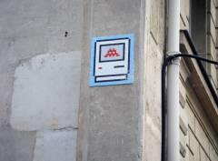 Space Invader boulevard Saint Germain 2009-11-22.jpg