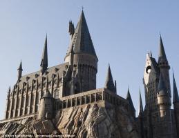Le château de Poudlar du parc d'attractions Harry Potter presque fini