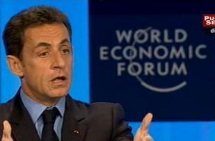 Nicolas Sarkozy fustige la finance à Davos, et dessine un capitalisme plus responsable