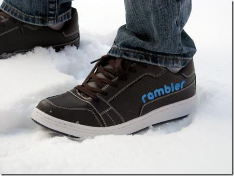 image thumb28 Rambler, la chaussure qui tweet quand vous marchez