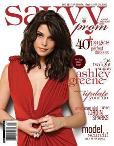 Ashley Greene en couverture de Savvy