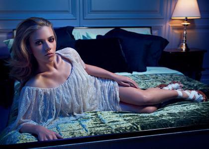 Scarlett Johansson : Sexy MANGO