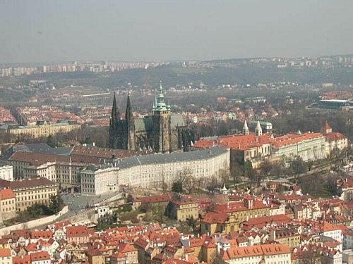 Chateau-Prague.jpg
