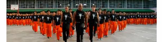 mickael jackson flashmob Le retour des prisonniers, en hommage à Michael Jackson...