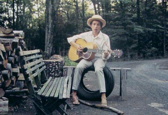 http://dylanesque.cowblog.fr/images/Woodstock6812.jpg