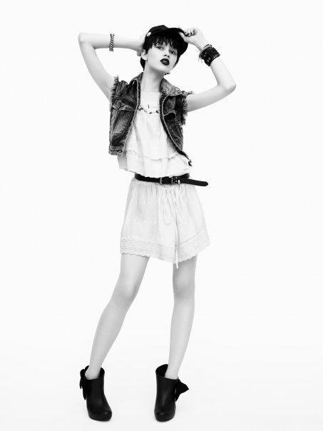 ♥ Zara Spring/Summer 2010 ♥ (2ème partie) Voici 5 nouveaux...