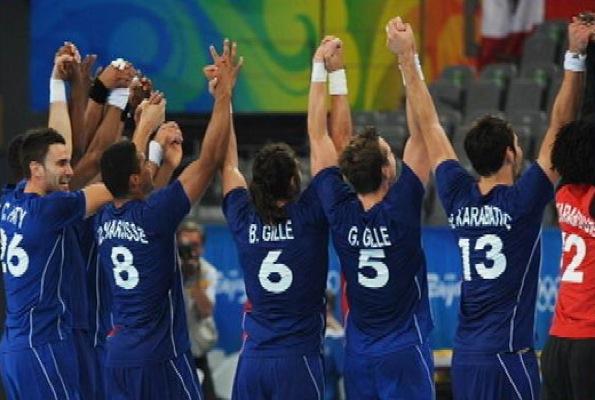 Triplé historique pour les HANDBALLEURS Bleus !