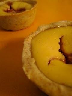 Restes de pâte sablée (suite): Mini cheesecakes marbrés à la framboise