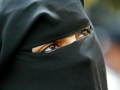 """""""BurqArt"""", quand l'art s'empare de la burqa"""
