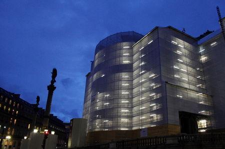 facade_opera7211