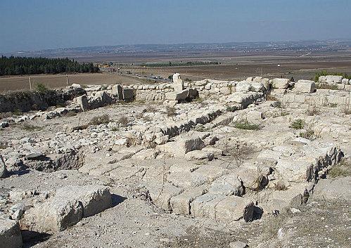 Megiddo---Fouilles.jpg