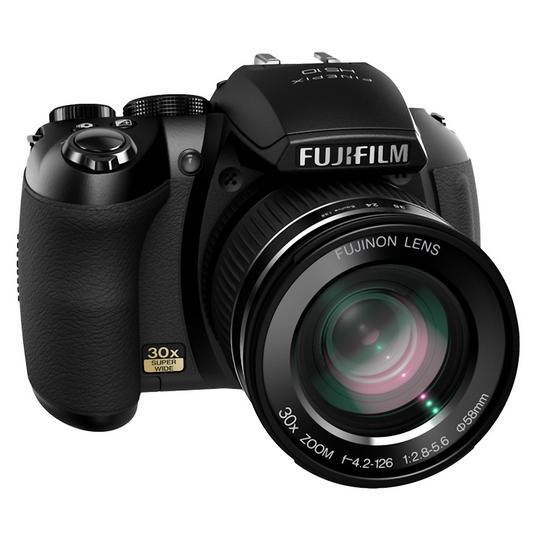 Nouveau Fujifilm HS10 : zoom 30x et vidéo Full HD
