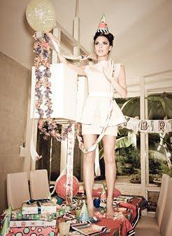 ✄ Victoria Beckham en mère au foyer pour le Magazine Glamour ✄