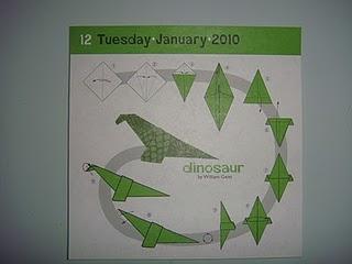 Origami du jour : le dinosaure