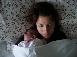 Maternité, quand tu nous tiens!