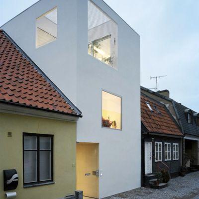 town house la maison comme une page blanche voir. Black Bedroom Furniture Sets. Home Design Ideas