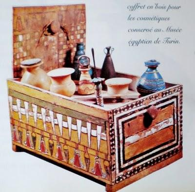 egypte ancienne un certain regard. Black Bedroom Furniture Sets. Home Design Ideas