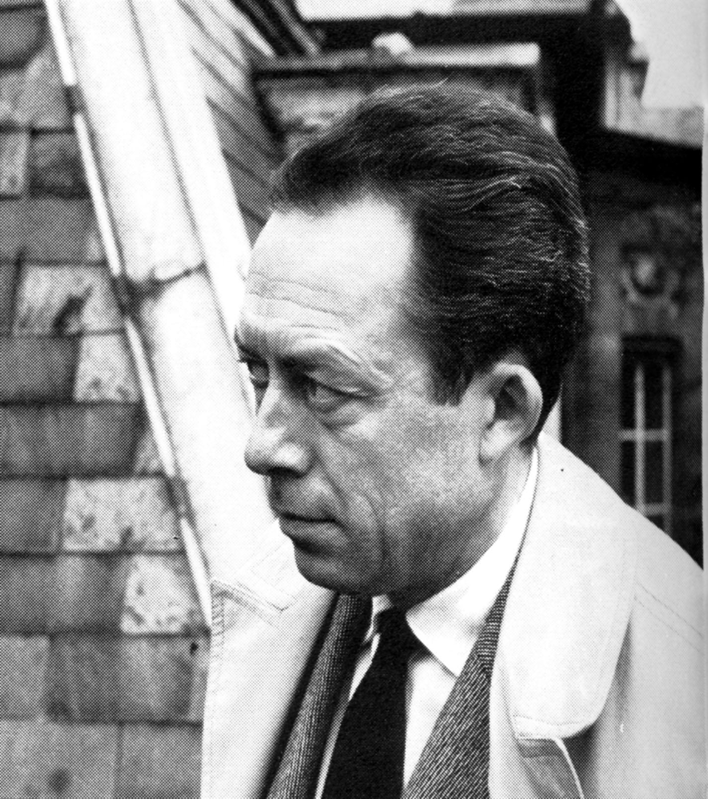 albert-camus-profil-1947.1265542772.jpg