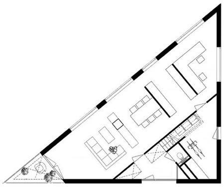 plan maison triangulaire
