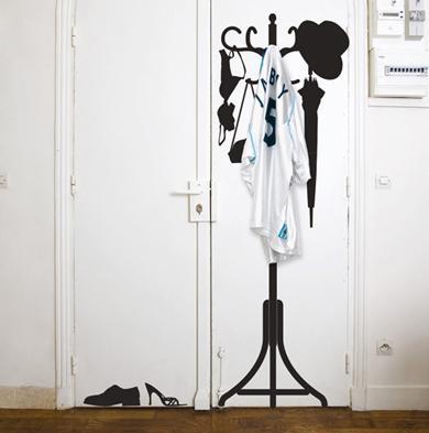 Des porte manteaux originaux paperblog for Stickers pour porte d entree