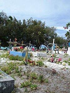Petit cimetière avec vue