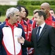 http://media.paperblog.fr/i/289/2899140/sarkozy-domenech-dream-team-loosers-L-1.jpeg