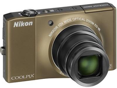 Test : le compact Nikon Coolpix S8000