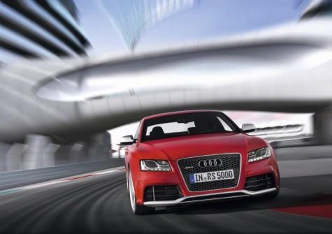 2010_Audi_RS5_08