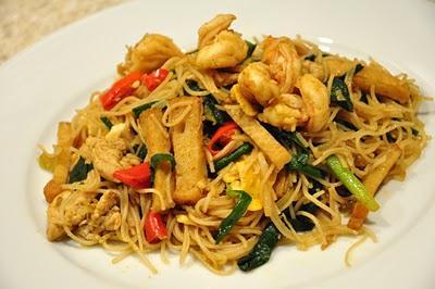 Feu khau recette des p tes tha saut s au poulet et l gumes paperblog - Combien de gramme de pate par personne ...
