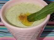 délicieuse soupe froide courgette menthe