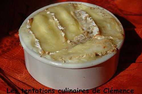 gratin aux 2 pommes et camembert paperblog. Black Bedroom Furniture Sets. Home Design Ideas