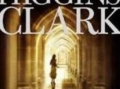 Mary HIGGINS CLARK L'ombre sourire 7/10