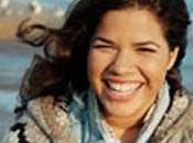 America Ferrera (Ugly Betty) fiancée