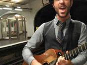 Charlie dans métro