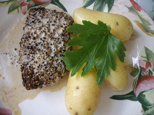 Steak_hach__au_poivre_mignonette